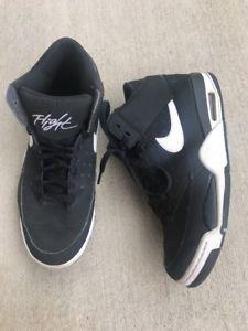 82b0b7d7693fa Nike Air Flight Classic - SIZE 9.5 414967-091 Retro Black 89 White Bulls
