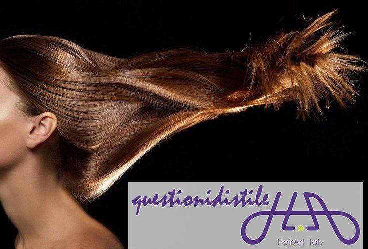 L'inverno sta arrivando: hai pensato a come proteggere i tuoi #capelli? Vento e freddo possono renderli opachi e secchi, per questo ci vuole uno shampoo più IDRATANTE e un trattamento che li ripara. Non tenerli troppo legati, la coda e la treccia possono indebolirli! Segui i consigli delle #questionidistile, i tuoi capelli saranno sani e forti!