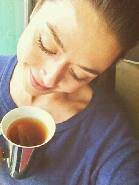 Aliyah O'Brien + tea