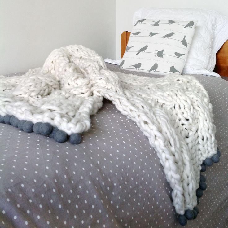 Chain Gang Store - Cable Knit Bed Runner with grey felt balls. Light, soft and snuggly.