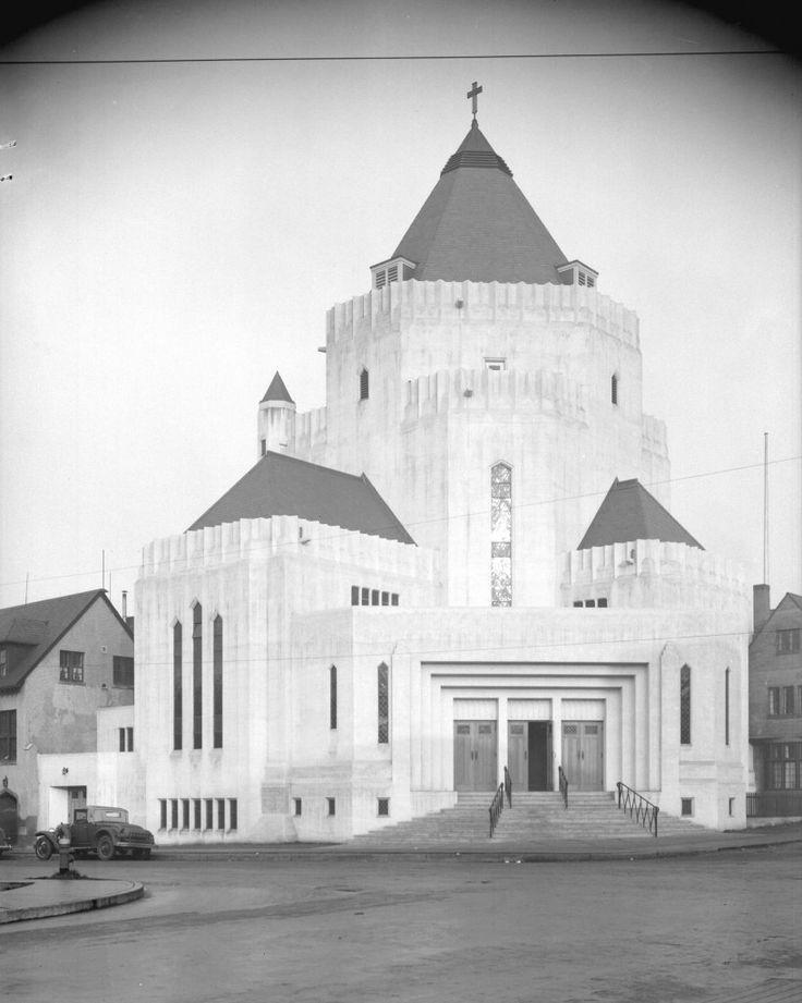 Located at the intersection of Cordova and Gore streets on the Downtown Eastside, this Anglican church is one of the city's most remarkable buildings. Architect Sir Adrian Gilbert George applied a combination of Art Deco, Romanesque Revival, Byzantine Revival, and Gothic Revival architecture in his design. Like City Hall, St. James Church was one of a few large-scale construction projects undertaken in Vancouver during Great Depression. The raw concrete finish remained unpainted until 1972…