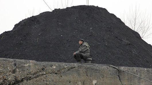 China ordena devolver a Corea del Norte los barcos cargados con carbón - RT