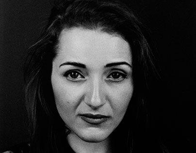 "Check out new work on my @Behance portfolio: ""Vanessa-portrait"" http://be.net/gallery/51766943/Vanessa-portrait"