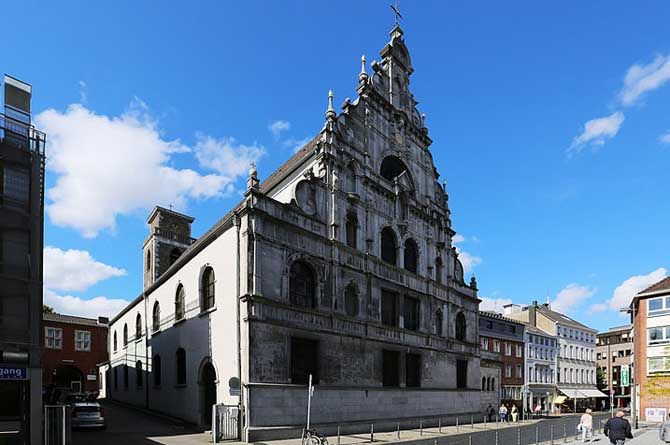 St. Michael's Church (Aachen) St. Michael's (Aachen) is a church in Aachen, Germany. It was built as a church of the Aachen Jesuit Collegium in 1628, later it was a Catholic parish church and is now... #Attraction #Landmark  #Backpackers #Hostelman #Travel #Landmark