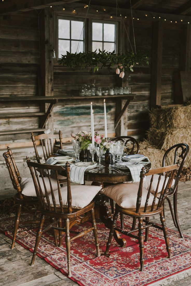 Bröllop Facienda / porslinsuthyrning / Boho wedding inspiration / Table setting / Wedding Decor by Rental Stories / Rustic barn wedding / Lantligt bröllop / Bröllopsdukning