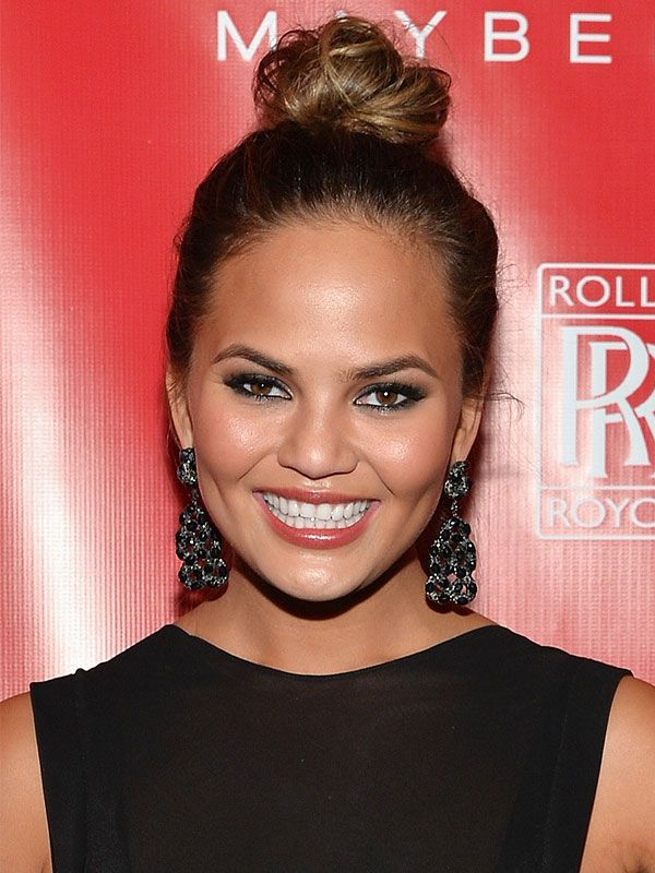 Chrissy Teigen shares her Valentine's Day dos and don'ts http://greatideas.people.com/2014/02/13/chrissy-teigen-valentines-day-list/