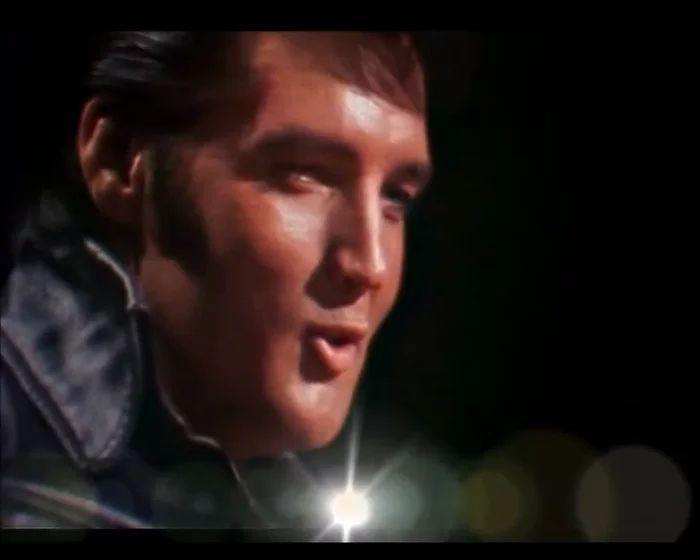 Blue Christmas - Elvis Presley Live Comeback 1968  (sottotitolato) on Vimeo