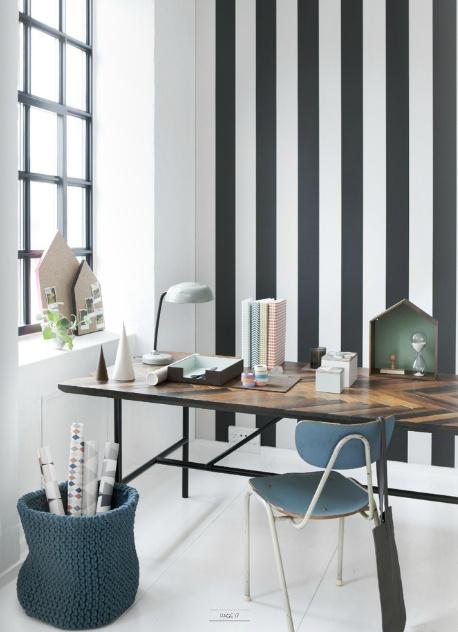 Sort og hvit stripete fra ferm LIVING