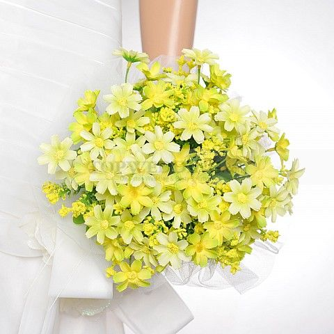 Tulle Wrapped Light Yellow Flower Wedding Bouquet