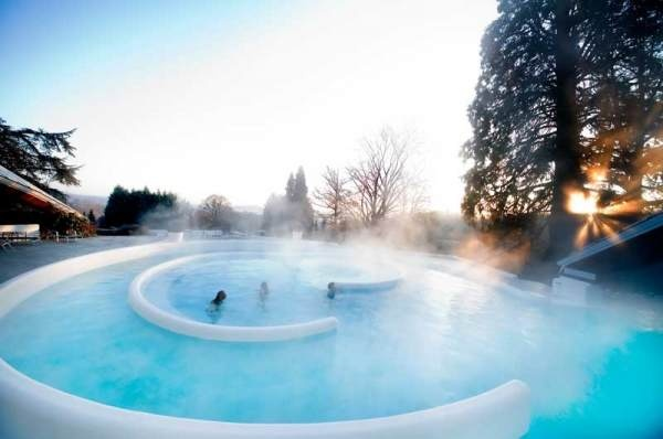 Thermae 2000 in Belgium Sauna, wellness en beautycentrum, massages en thermaal water. Wellness resort http://www.thermae.nl/welkom/