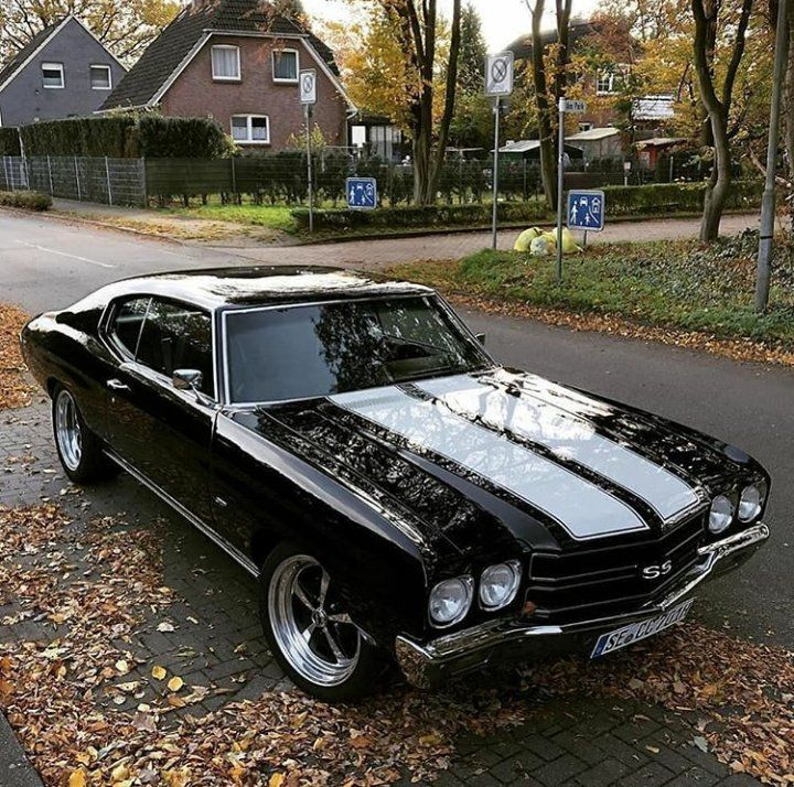 Old Muscle Cars, Custom Muscle Cars, Chevy Muscle Cars, American Muscle Cars, Fancy Cars, Cute Cars, Jeep, Chevy Chevelle Ss, Chevy Pickups