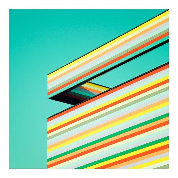 The building is in Berlin Schönefeld:  Photo by Matthias Heiderich \\\ matthias-heiderich.de