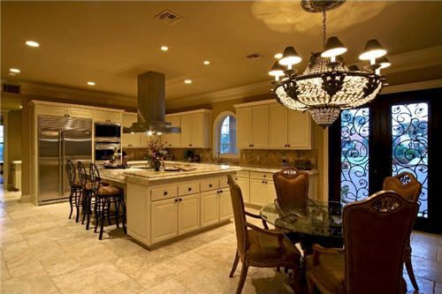 The casual dining area and kitchen of the San Antonio home