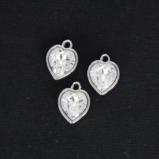 Beautiful harts with Swarowski crystals plated in white gold.