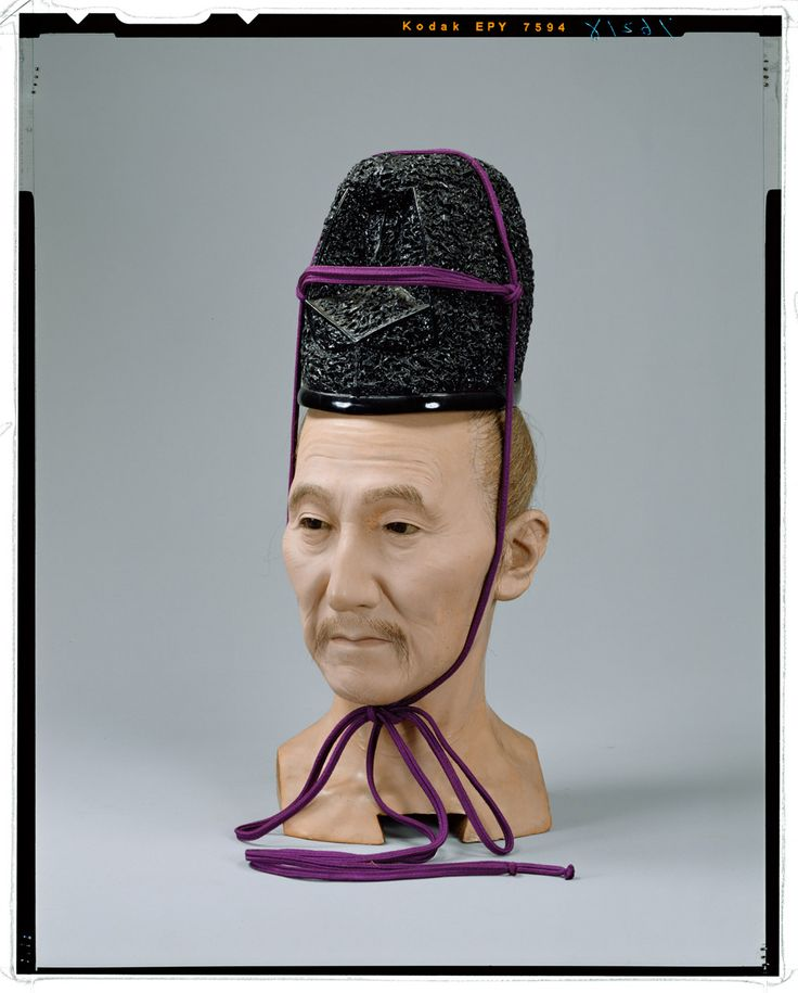 Head-standing Eboshi living doll _ Momoyama period nobles body (Zasugata) Tokyo National Museum Image ID: C0076218 Shooting site: Neck + stand Eboshi Column article number: I-1108, I-1131 Author: Yasumoto Kamehachi Age: Meiji era _19c