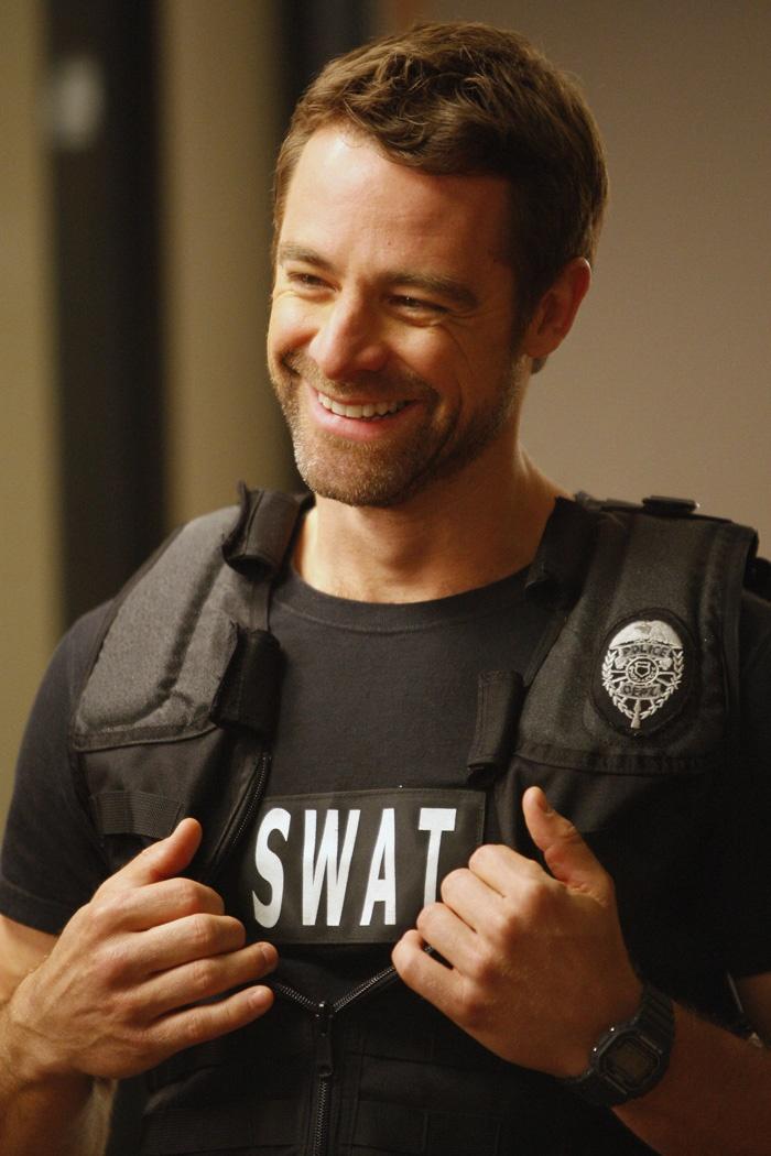 "David Sutcliffe aka ""swat guy"" from private pratice"