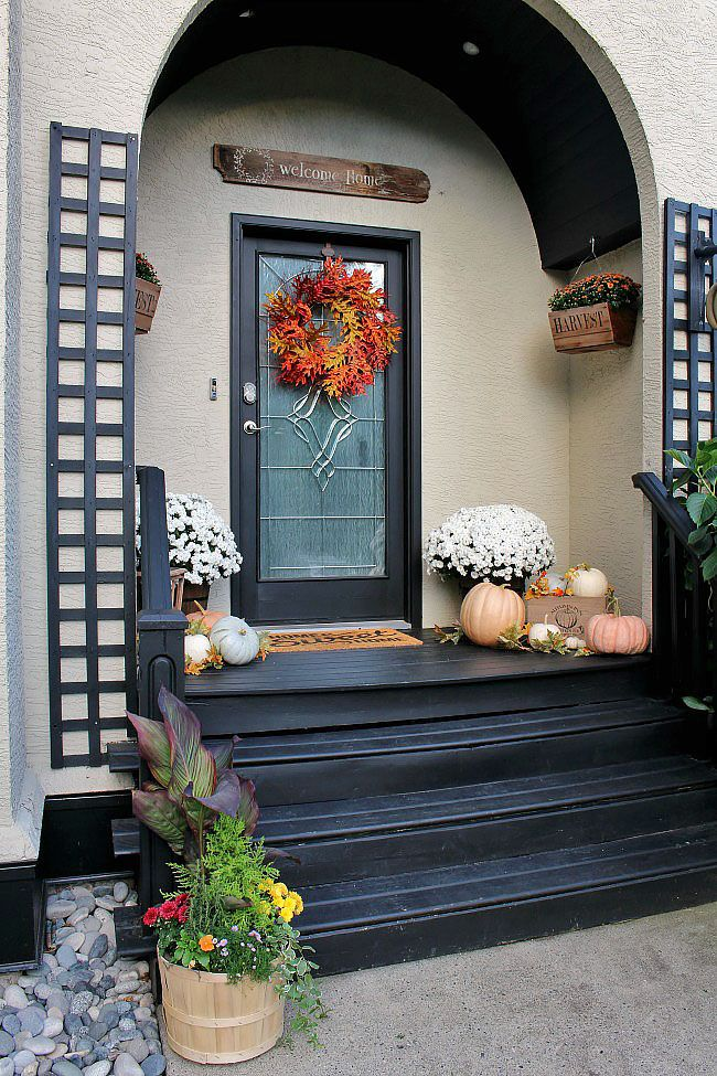 Beautiful Fall Porch Decorating Ideas Using Natural Elements Love All