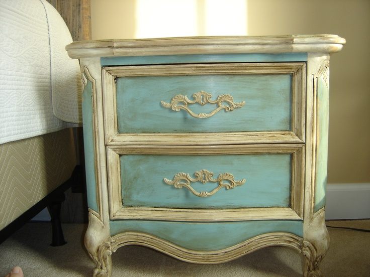 diy furniture refinishing projects. Vintage Lexington Side Table Refinished Using Annie Sloan Chalk Paint. Diy Furniture Refinishing Projects