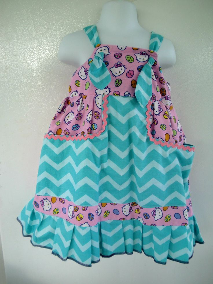 Hello Kitt Easter knot dress with chevron fabric combination and two big pockets in the front by jeantofashion on Etsy