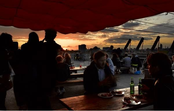 Peckham. Frank's Cafe: London's coolest rooftop is open for summer with daily-changing food, cocktails and craft beer