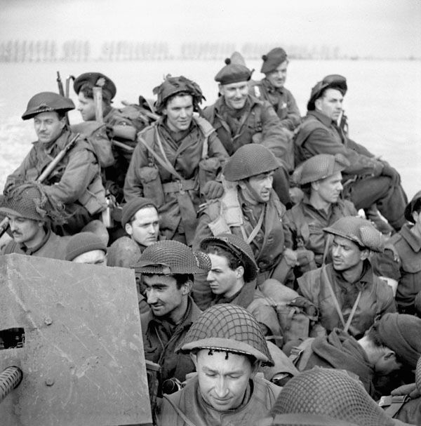 Men of the Stormont, Dundas and Glengarry Highlanders of 3rd Canadian Infantry Division aboard a Buffalo carrier...Mehr, Germany 11 Feb 1945.