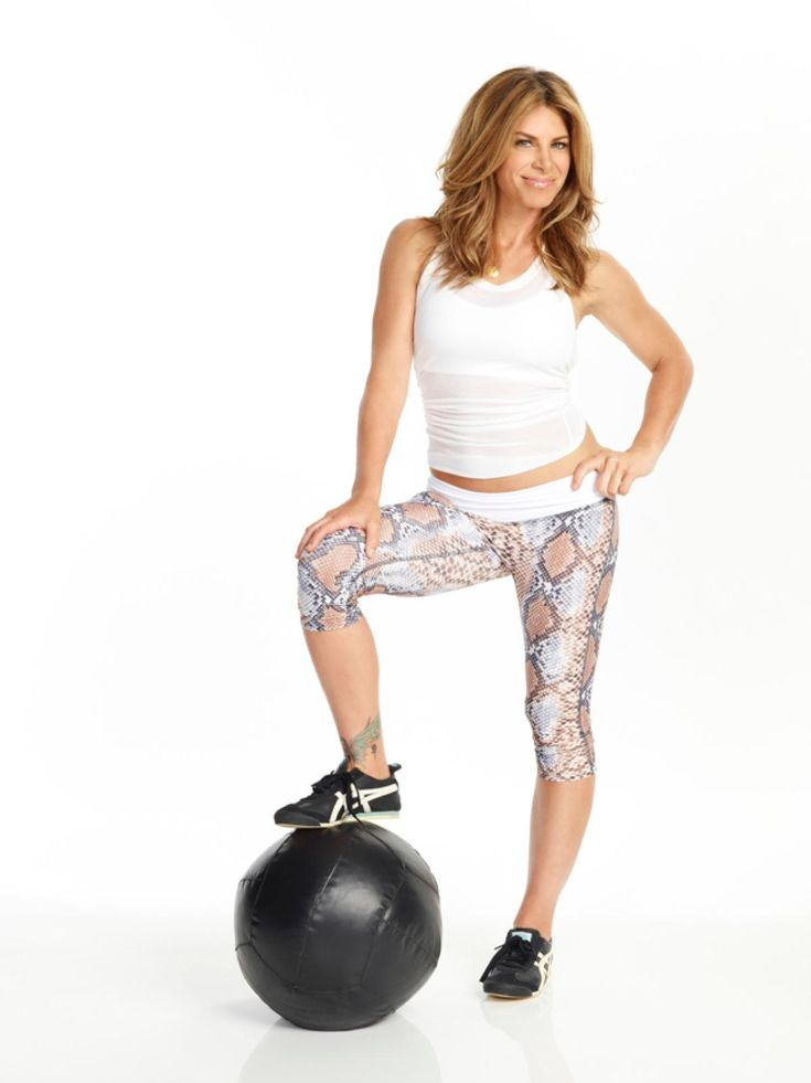 She recently designed a 30-minute full body workout circuit for Curves gyms that promises to boost your metabolism and help you drop those extra pounds. Via The Daily News.