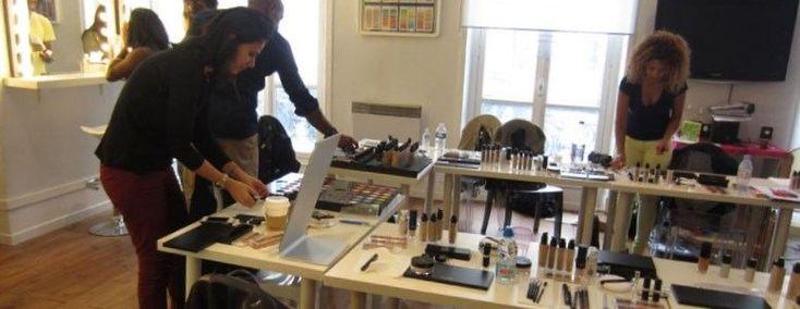 Cours maquillage paris - http://lookvisage.ru/cours-maquillage-paris/ #Cheveux #Beauté #tendances #conseils