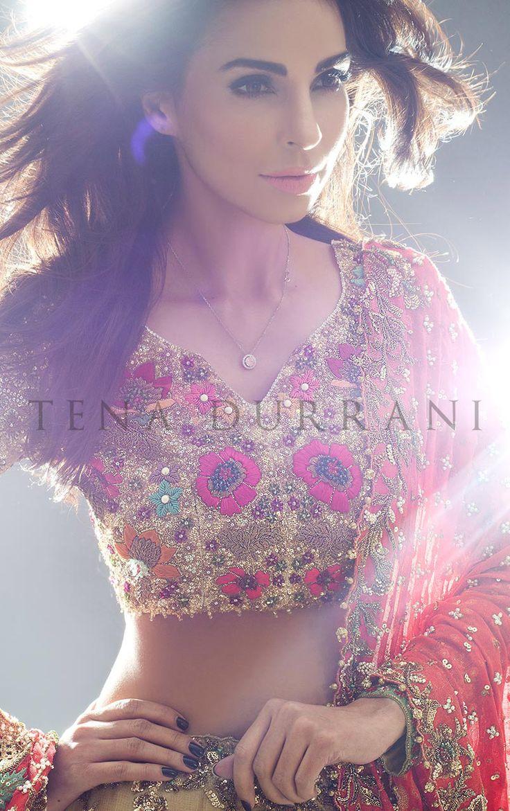 Amaryllis Gold (B44) Book an Appointment: www.tenadurrani.com/amaryllis-gold-2 For queries, orders and appointments inbox us, email at info@tenadurrani.com or contact +92 321 232 4600. #tenadurrani #designerwear #shopnow #Omorose #FPW15 #bridals #weddings #pakistaniweddings #brides #weddingwear #Swarovski #crystals