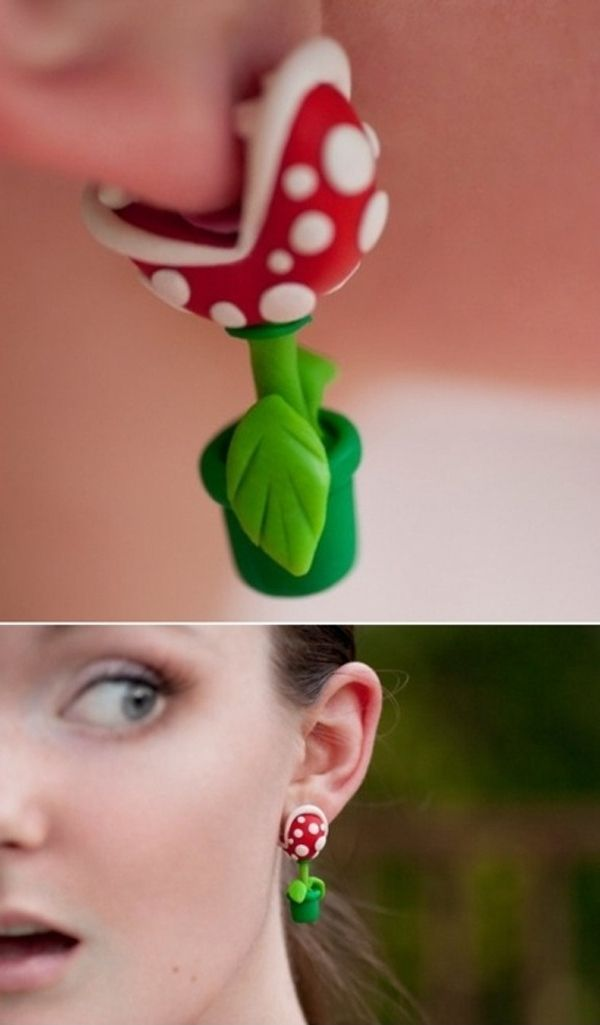 Mario's Piranha Plant earrings. Awesome. I love that they look like they bite on.