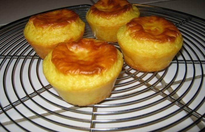 Régime Dukan (recette minceur) : Briochettes vanille #dukan http://www.dukanaute.com/recette-briochettes-vanille-3707.html