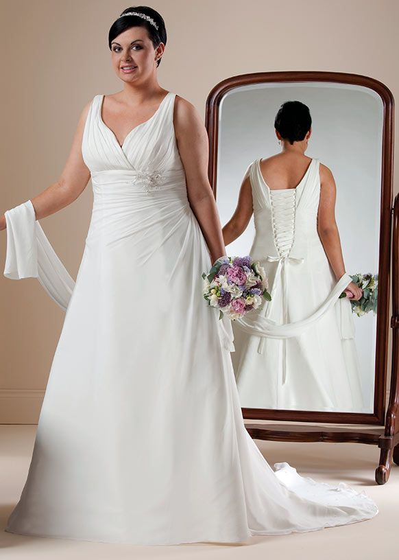 Wisteria from the Beautiful Brides Plus collection by Special Day
