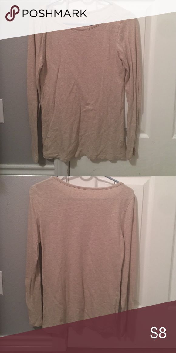 Womens long-sleeved top This top's neutral color will go with numerous scarves, vests, and coats this winter! Also, has fabulous small details on the shoulder so it can be worn alone or the minimalists out there ❤️J CREW ARTIST T J. Crew Tops Tees - Long Sleeve