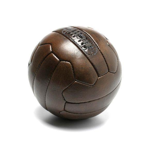 Ballon de football 1950