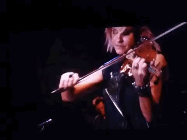 """The Dixie Chicks Covered """"Wrecking Ball"""" And It Was Perfect (obviously!)"""