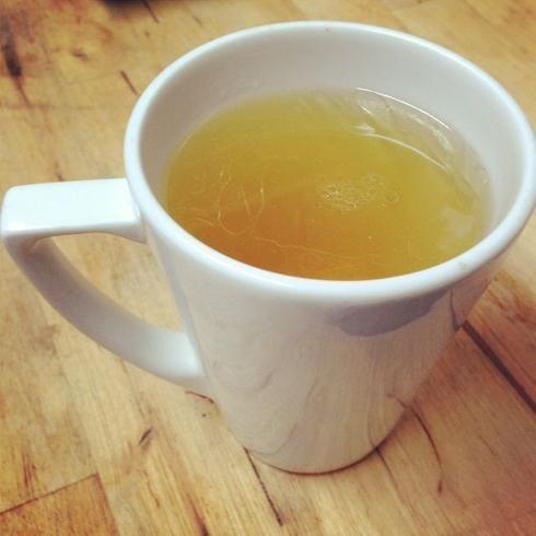 thé vert avec huile de coco