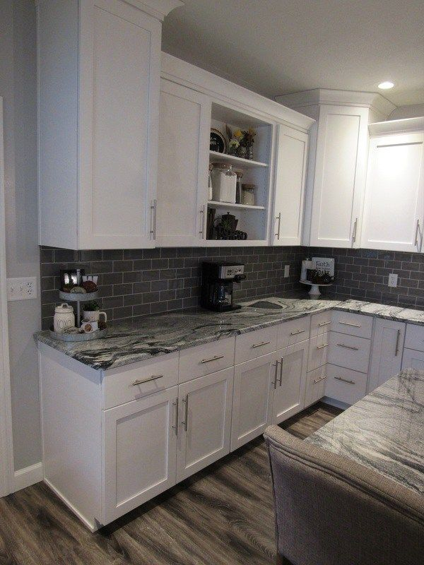 Modern Farmhouse Kitchen Remodel White Shaker Cabinets Gray Island Shaker Style Kitchen Cabinets Kitchen Cabinet Styles Modern Farmhouse Kitchens