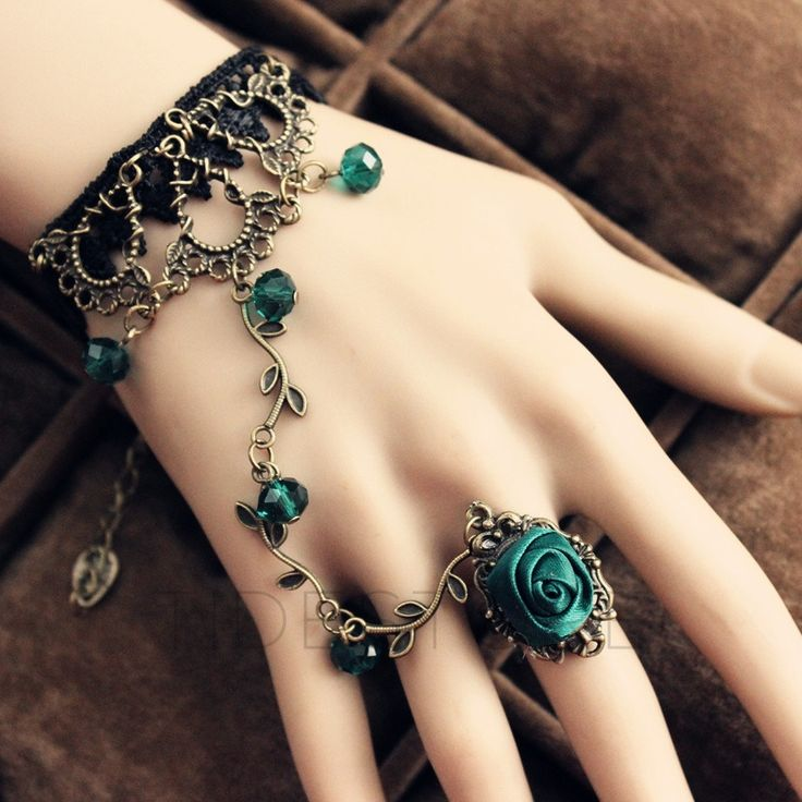 Charming Bohemian Style Retro Florals Bracelet with Crystal