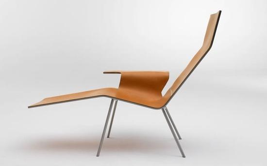 Pastoe Leather Lounge Chair 04, by Maarten Van Severen