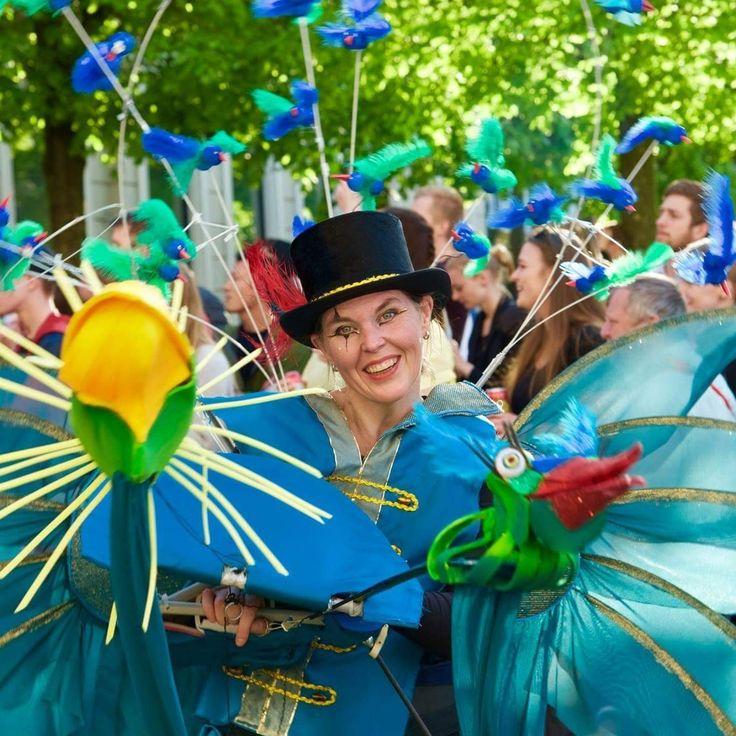The animaltrainer in the freak Circus. KarnevalsKoloritterne. Design: Britt Kristensen   Foto: Bo Kornum pressefoto.dk