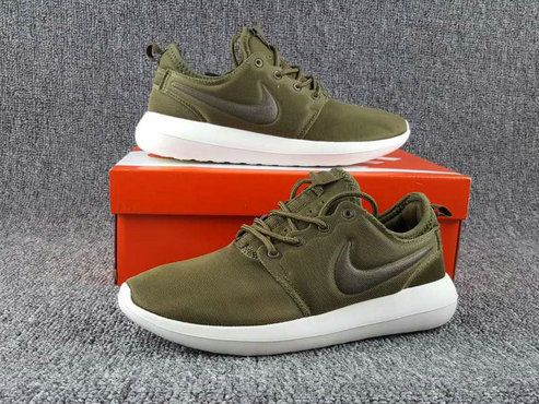 new styles a5392 ba61d Youth Big Boys Nike ROSHE TWO SHOE 2018 Iguana Sail Volt Black 844656 200