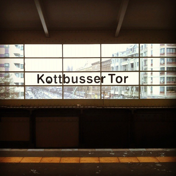 """Deutschland, Berlin. """"Kotti"""". (Photo by big cities. bright lights. All Rights Reserved)."""