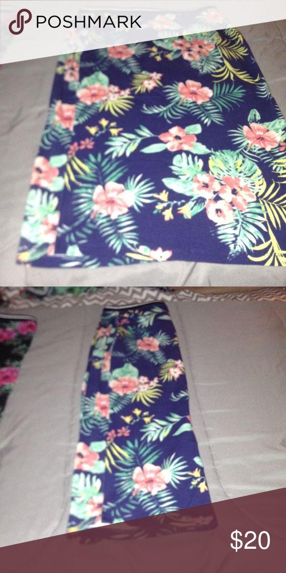 Hawaiian mid length skirts never been worn Beautiful mid length skirts route 21 Skirts Midi