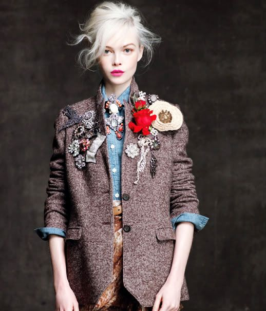vintage brooches on vintage tweed on vintage denim shirt. yes!