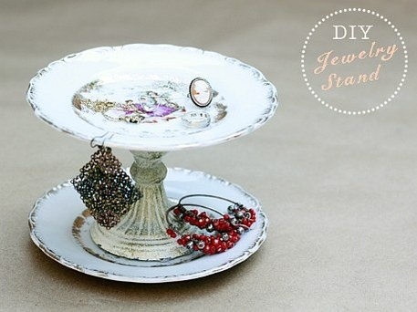 Antique plates become an easy upcycle craft