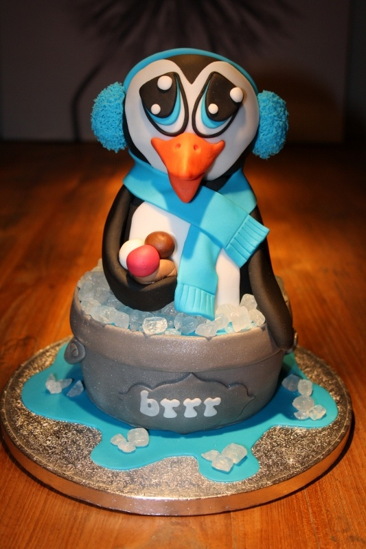 I want this for my birthday this year..  sooo cute...