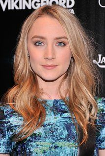 "Saoirse Ronan Born: Saoirse Una Ronan  April 12, 1994 in The Bronx, New York City, New York, USA Height: 5' 6"" (1.68 m)"
