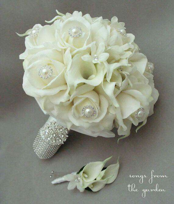 Ramo de novia blanco brillos