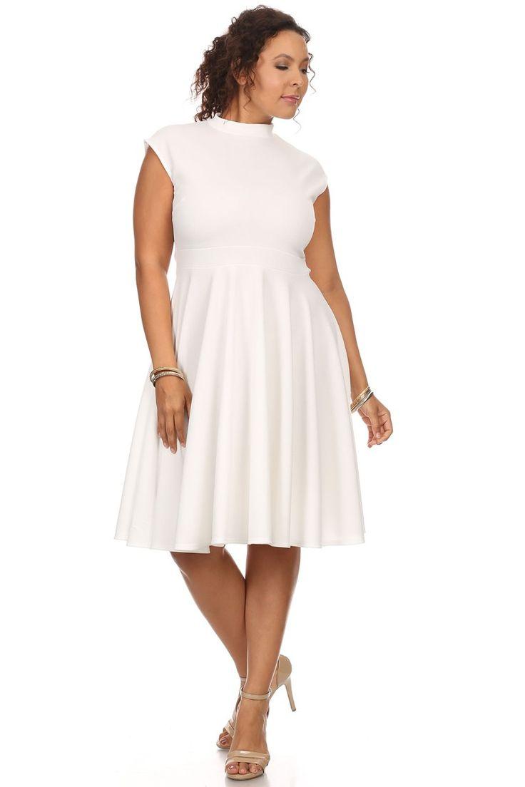Однотонное белое платье-миди Однотонное белое платье-миди без рукавови завышенной горловиной, облегающий верх платья подчеркнёт вашу фигуру и юбкой-клёш. https://www.fashionusa.ru/upakovki/odnotonnoe-beloe-platie-midi-pl1020-white