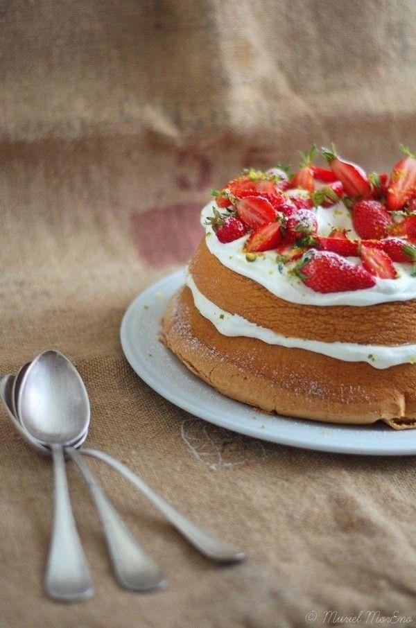 Comme un Victoria Sponge Cake ... Pao de Lo Fraises & Pistaches