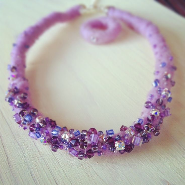 Wool beaded necklace and ring with Swarovski crystals http://thebigday.ro